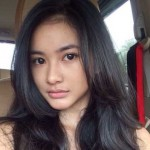 Adinda-Azani-selfie