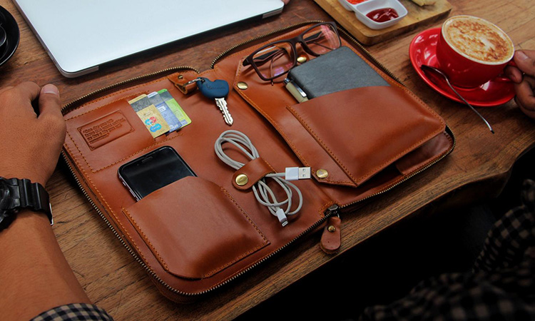 leather goods terbaik