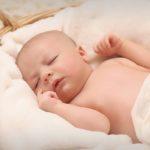 cara mengatasi biang keringat bayi