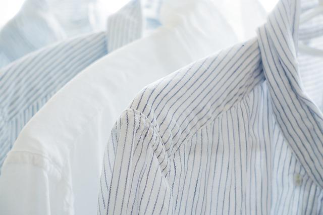 noda di baju putih